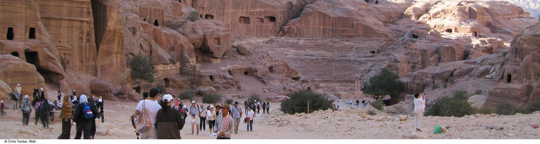 petra siq travel stone